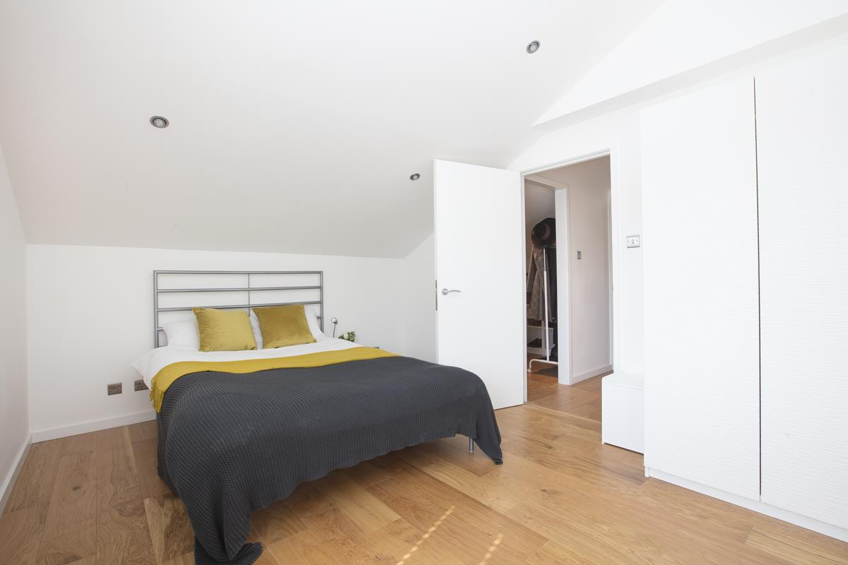 House - End Terrace Sold in Cromwell Road, Myatts Field SW9 316 view11