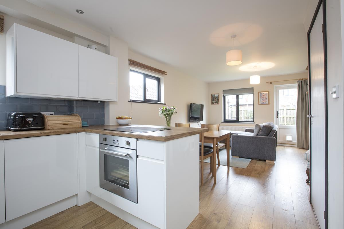 House - Link Detached Sold in Cuthill Walk, Camberwell, SE5 274 view2
