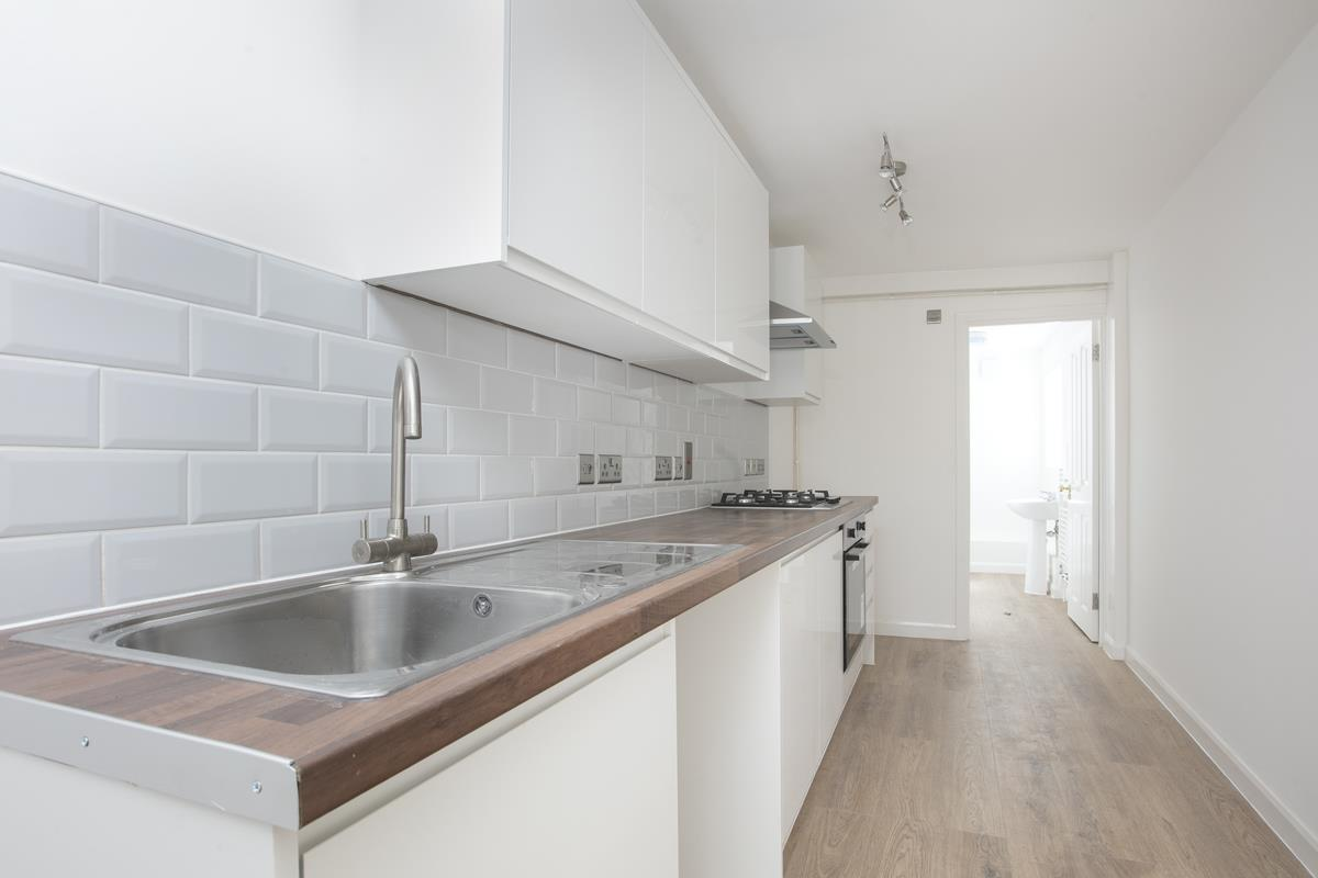 Flat - Conversion Sale Agreed in Dagmar Road, Camberwell, SE5 510 view6
