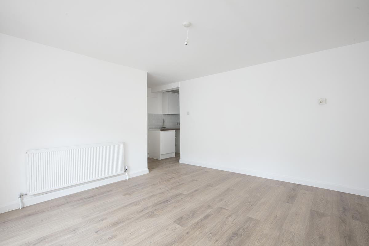 Flat - Conversion Sale Agreed in Dagmar Road, Camberwell, SE5 510 view8