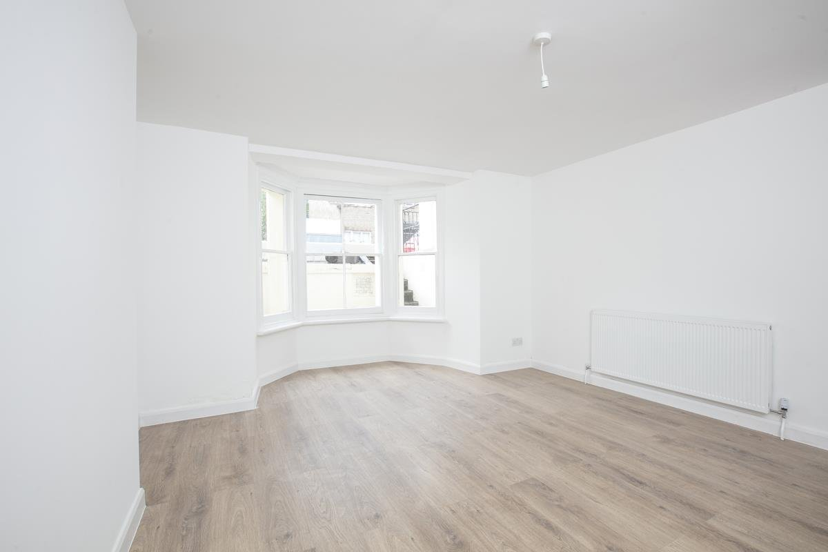 Flat - Conversion Sale Agreed in Dagmar Road, Camberwell, SE5 510 view2