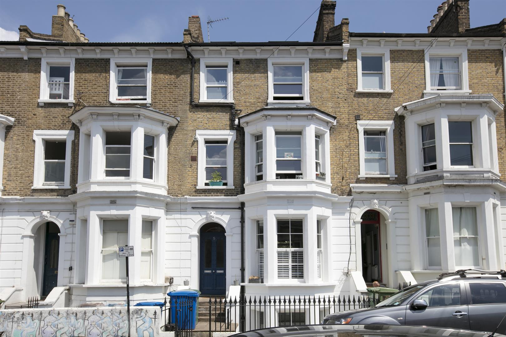 Flat/Apartment Sold in Dagmar Road, Camberwell, SE5 636 view1