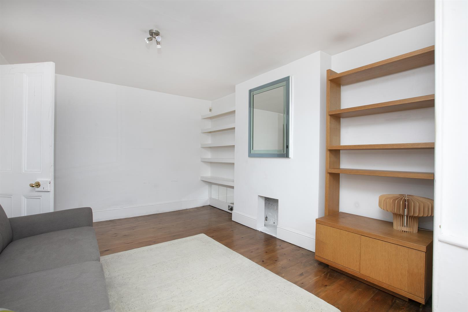 Flat - Conversion For Sale in Dagmar Road, Camberwell, SE5 750 view9