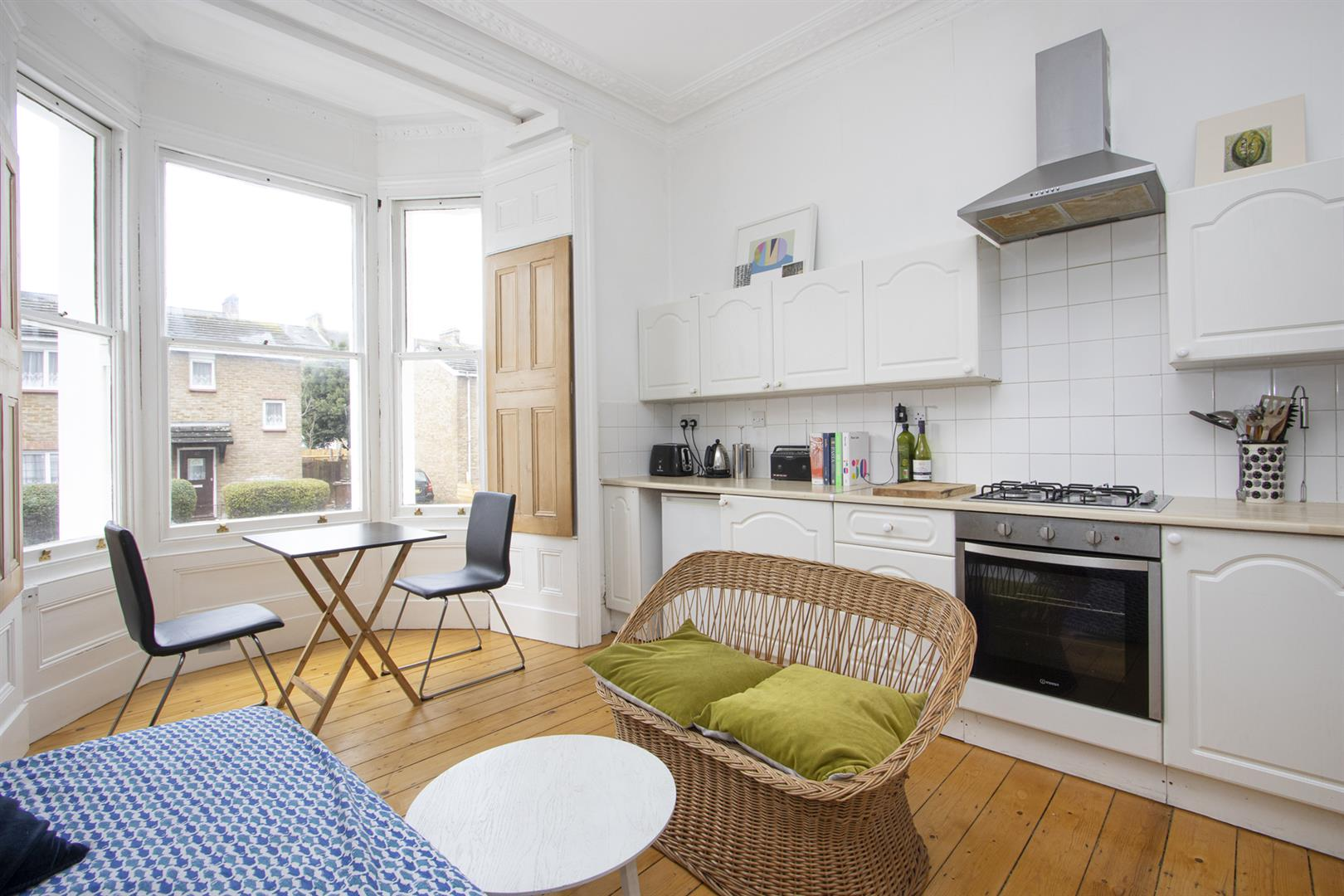 Flat - Conversion For Sale in Dagmar Road, Camberwell, SE5 770 view2