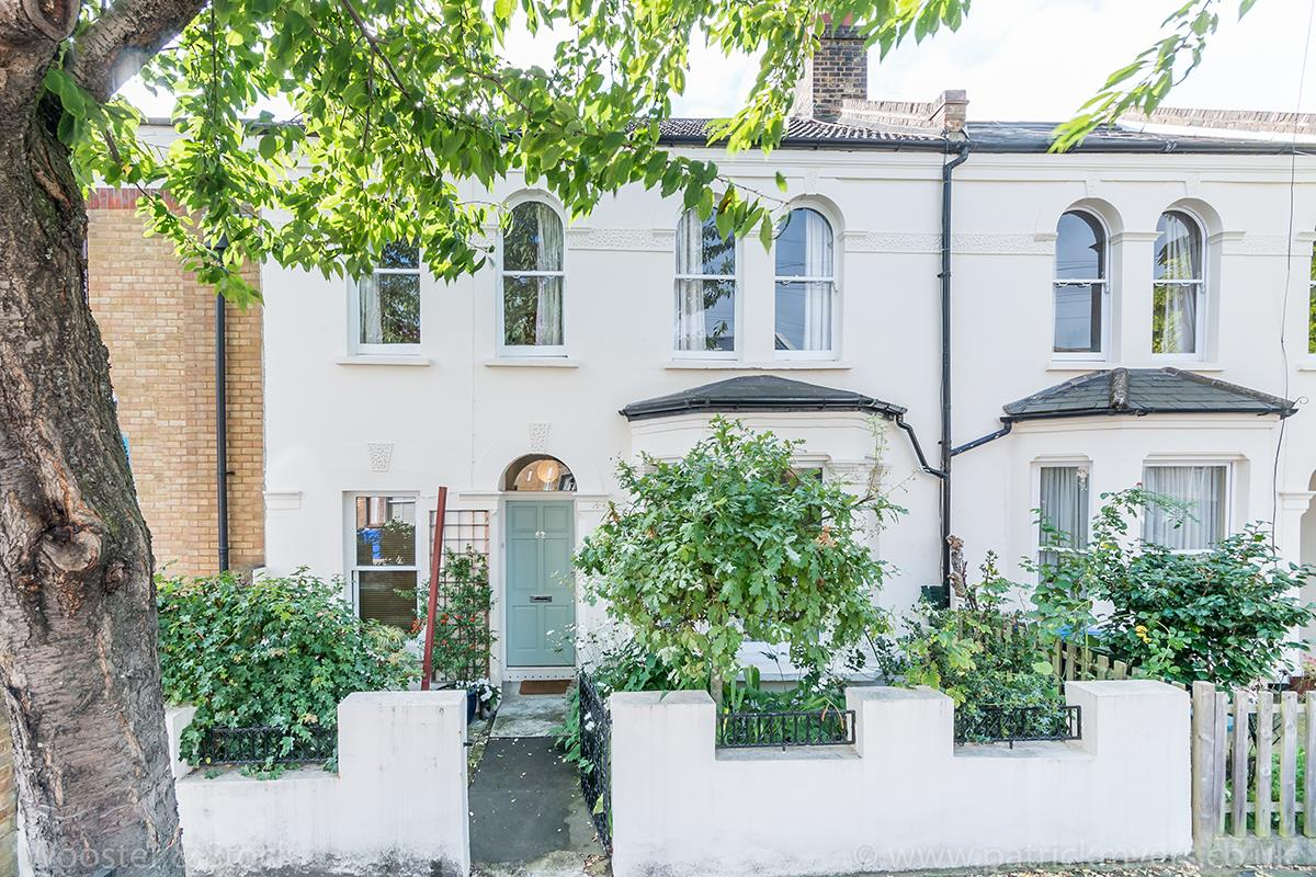 House - Terraced For Sale in Danby Street, Peckham, SE15 195 view1