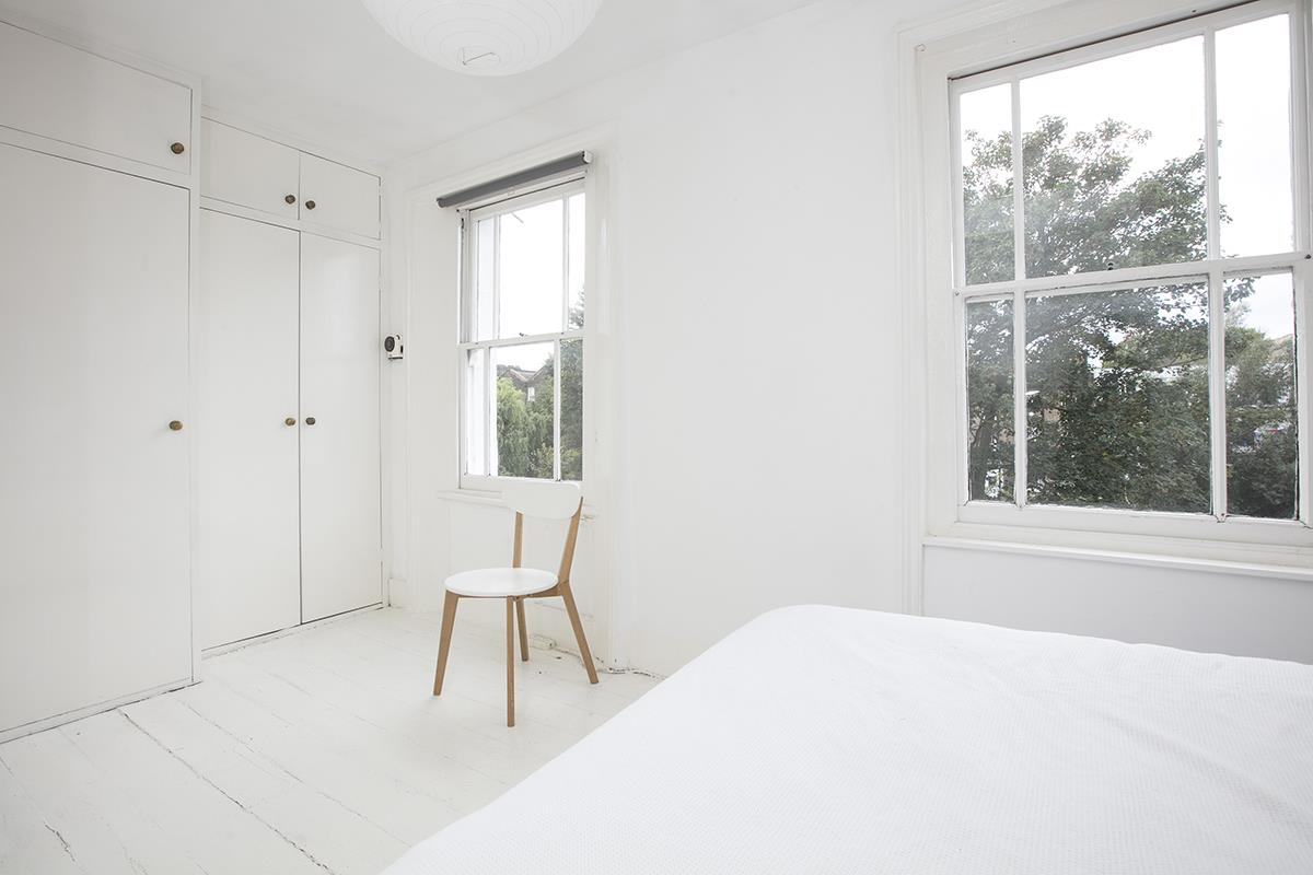 Flat/Apartment Sale Agreed in Denman Road, Peckham SE15 290 view6