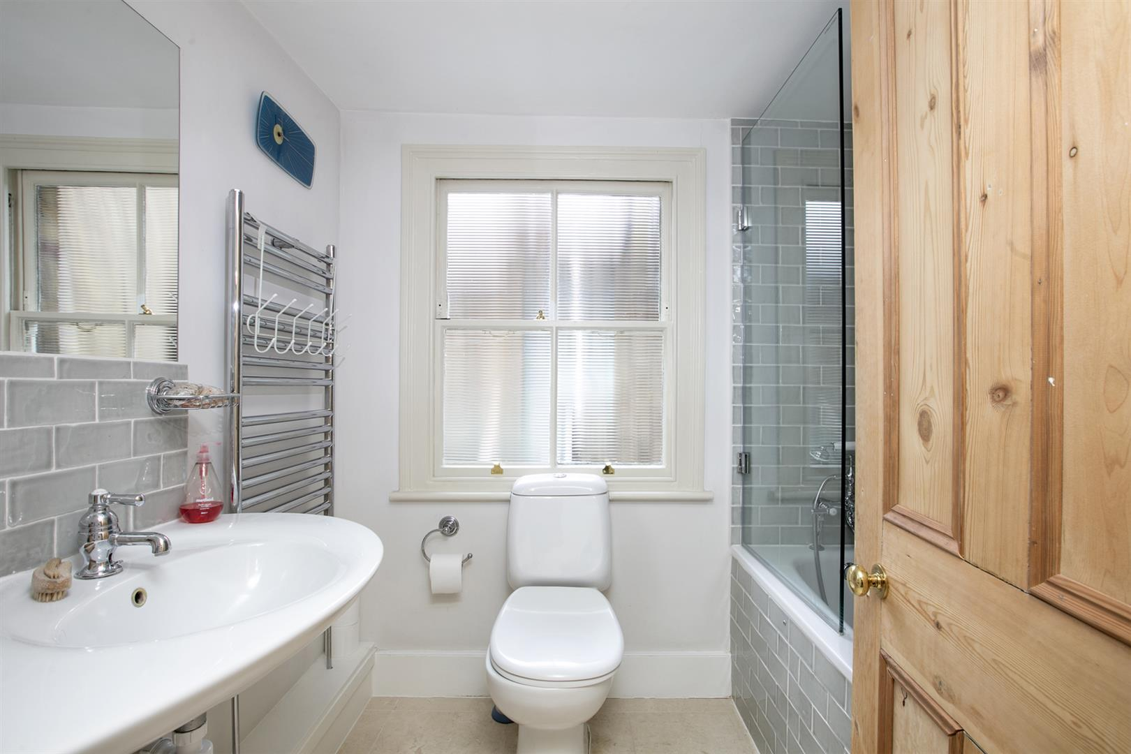 House - Terraced For Sale in Denman Road, Peckham, SE15 630 view23