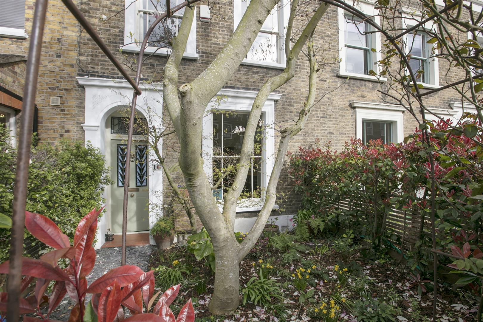 House - Terraced For Sale in Denman Road, Peckham, SE15 630 view28