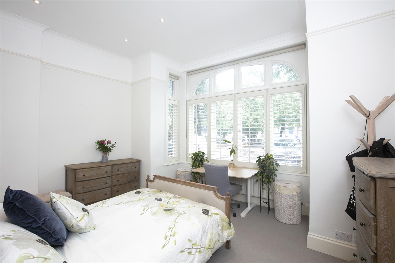 Flat - Conversion Sale Agreed in Denmark Hill, Camberwell, SE5 686 view11
