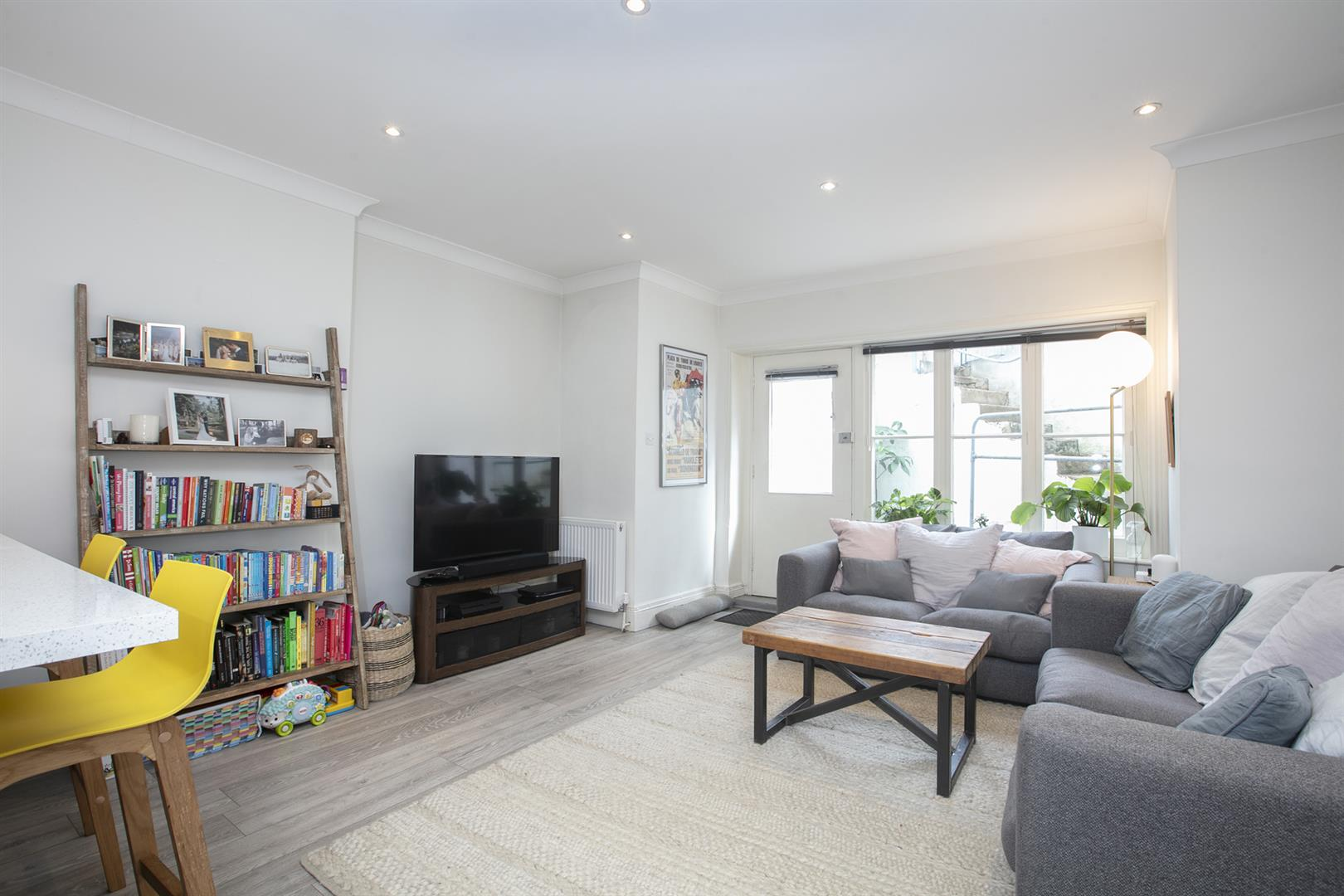 Flat - Conversion Sale Agreed in Denmark Hill, Camberwell, SE5 686 view4