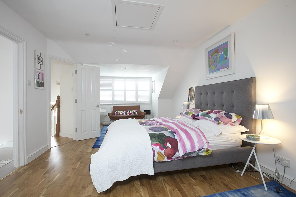House - Semi-Detached For Sale in Earlsthorpe Road, Sydenham, SE26 367 view13