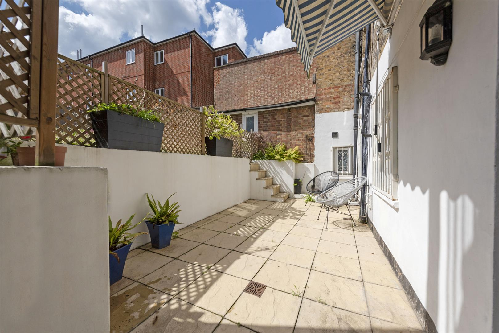 Flat - Conversion Sale Agreed in East Dulwich Road, East Dulwich, SE22 622 view9