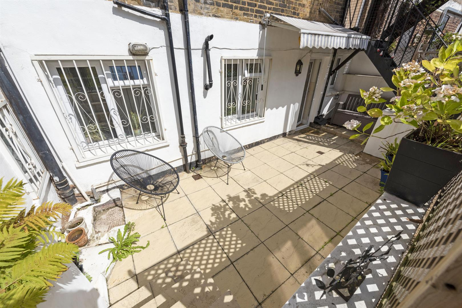 Flat - Conversion Sale Agreed in East Dulwich Road, East Dulwich, SE22 622 view15