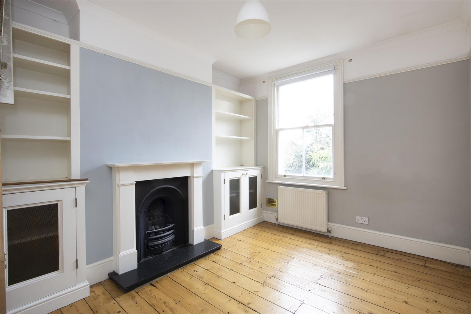 House - Terraced Sale Agreed in Elmington Road, Camberwell, SE5 718 view8