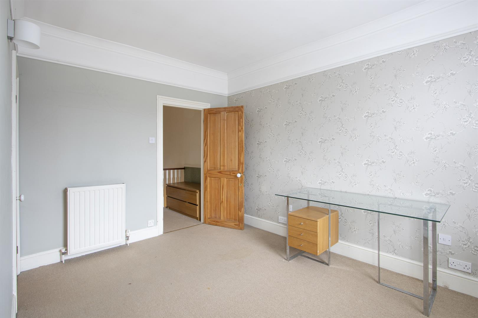 House - Terraced Sale Agreed in Elmington Road, Camberwell, SE5 718 view14