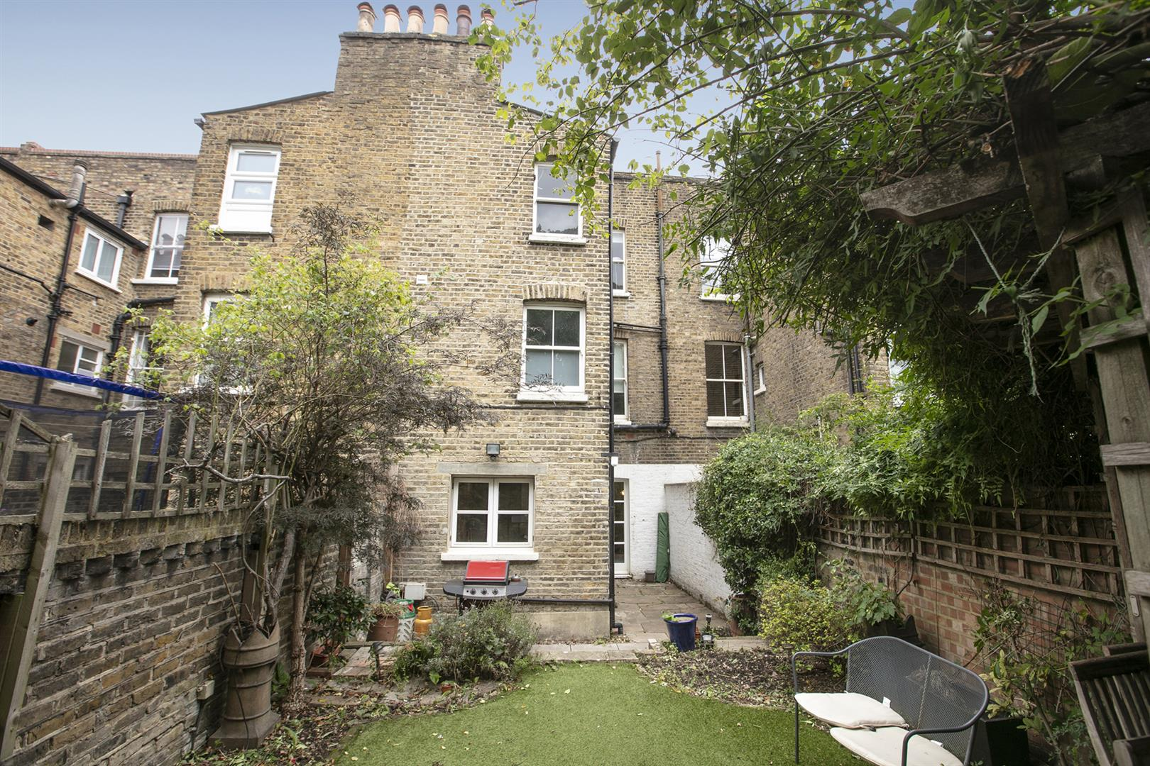 House - Terraced Sale Agreed in Elmington Road, Camberwell, SE5 718 view18