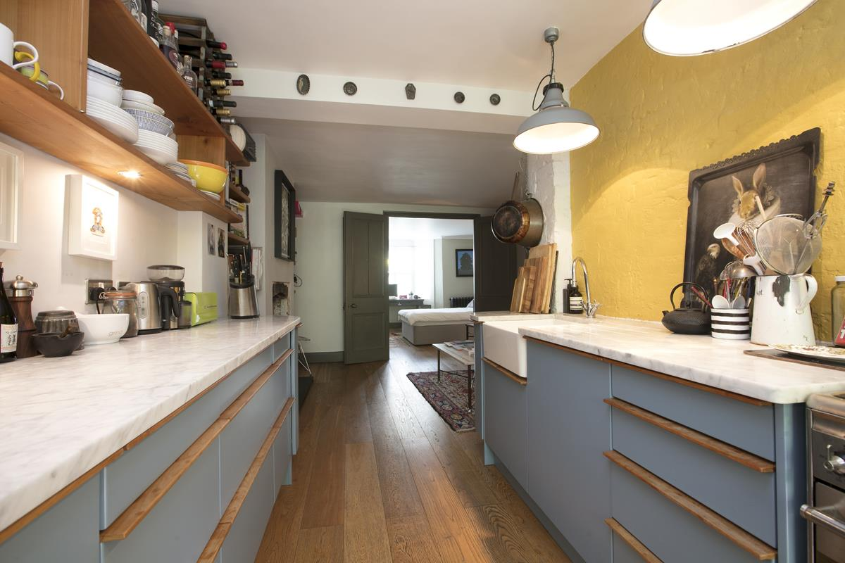Flat/Apartment For Sale in Fenwick Road, Peckham, SE15 373 view6