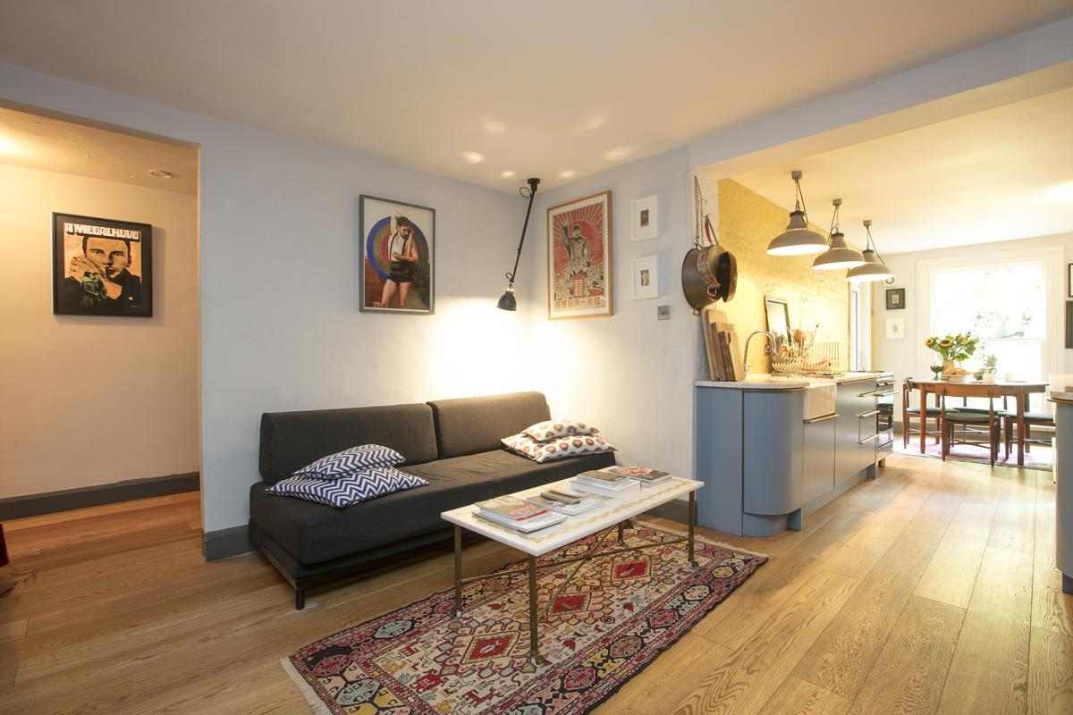 Flat/Apartment For Sale in Fenwick Road, Peckham, SE15 373 view5