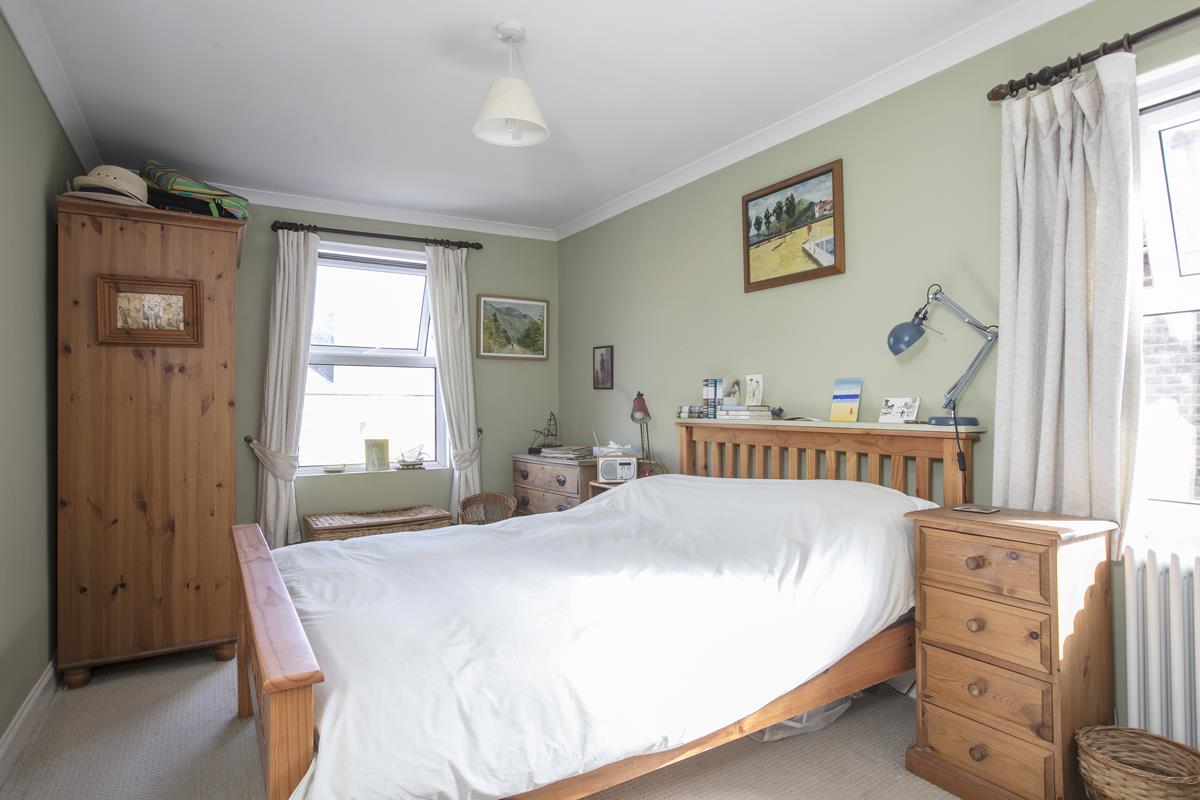 House - Terraced For Sale in Fenwick Road, Peckham, SE15 506 view10