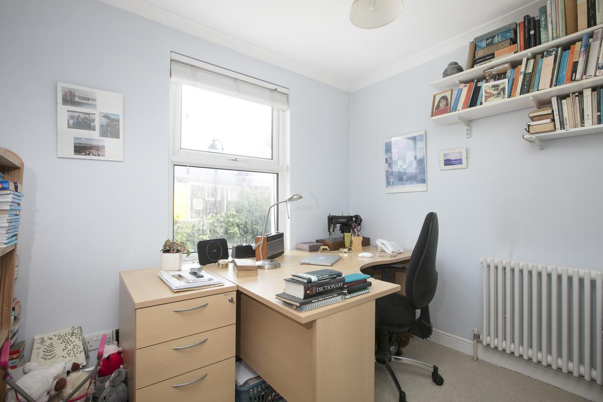 House - Terraced For Sale in Fenwick Road, Peckham, SE15 506 view6