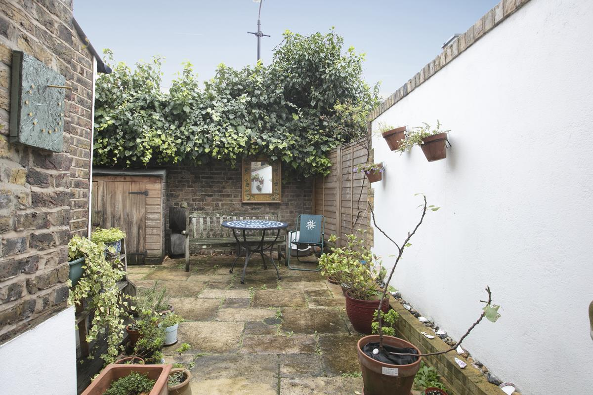House - Terraced For Sale in Fenwick Road, Peckham, SE15 506 view13