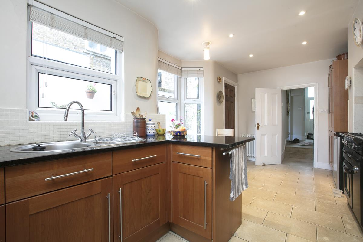 House - Terraced For Sale in Fenwick Road, Peckham, SE15 506 view15