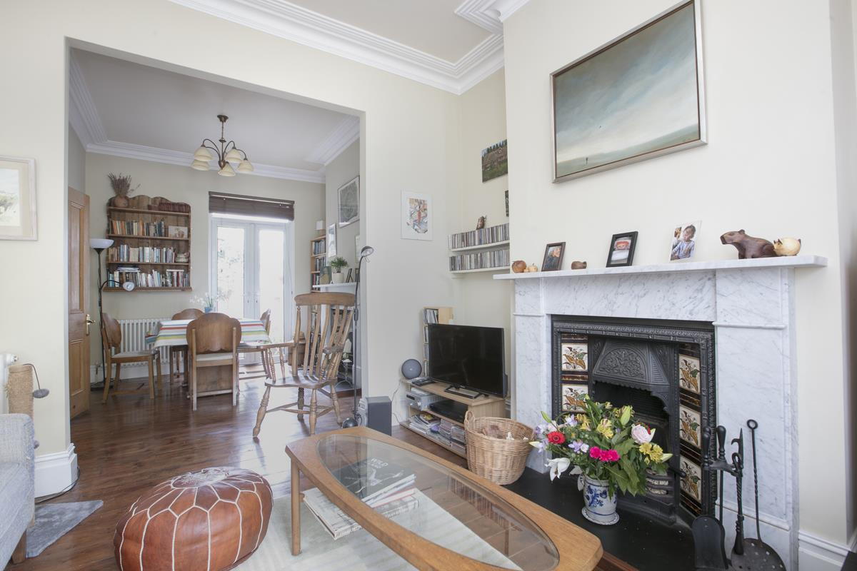 House - Terraced For Sale in Fenwick Road, Peckham, SE15 506 view3