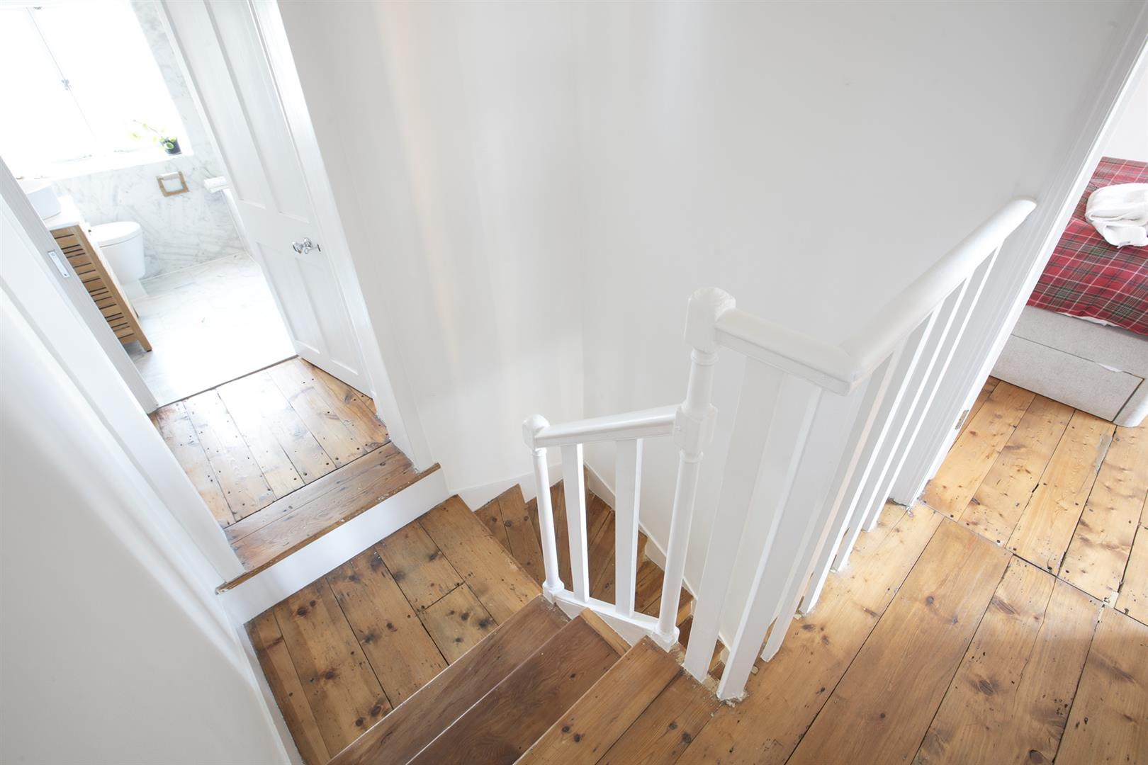 House - Terraced For Sale in Friary Road, Peckham, SE15 602 view18