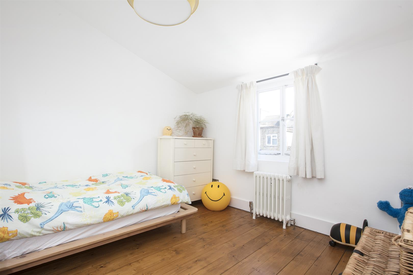 House - Terraced For Sale in Friary Road, Peckham, SE15 602 view24
