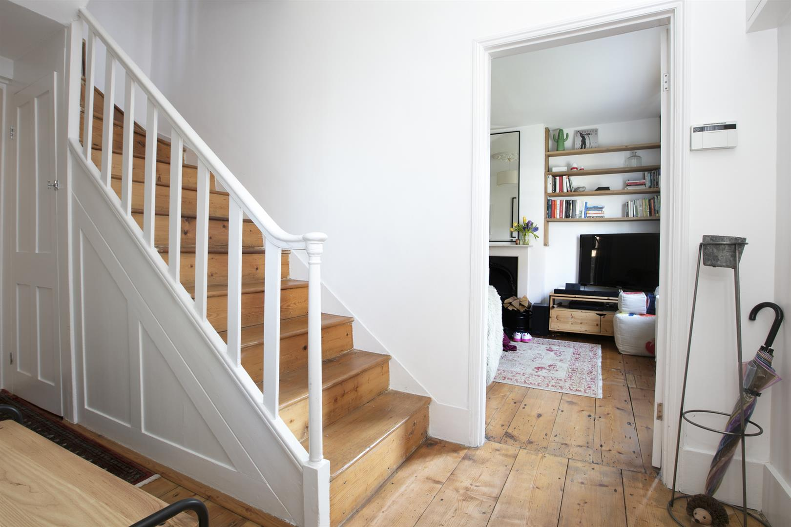 House - Terraced For Sale in Friary Road, Peckham, SE15 602 view28