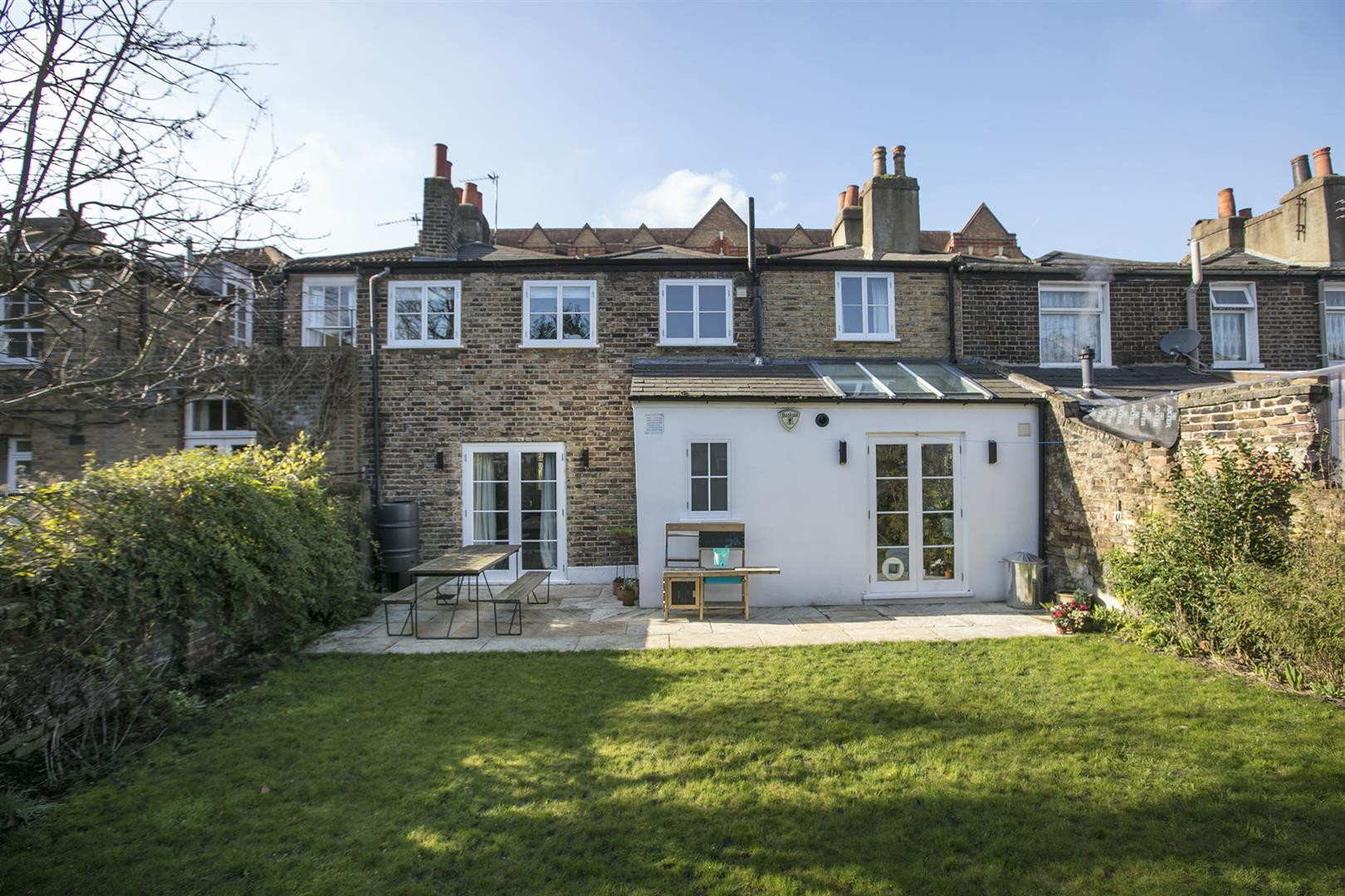 House - Terraced For Sale in Friary Road, Peckham, SE15 602 view4