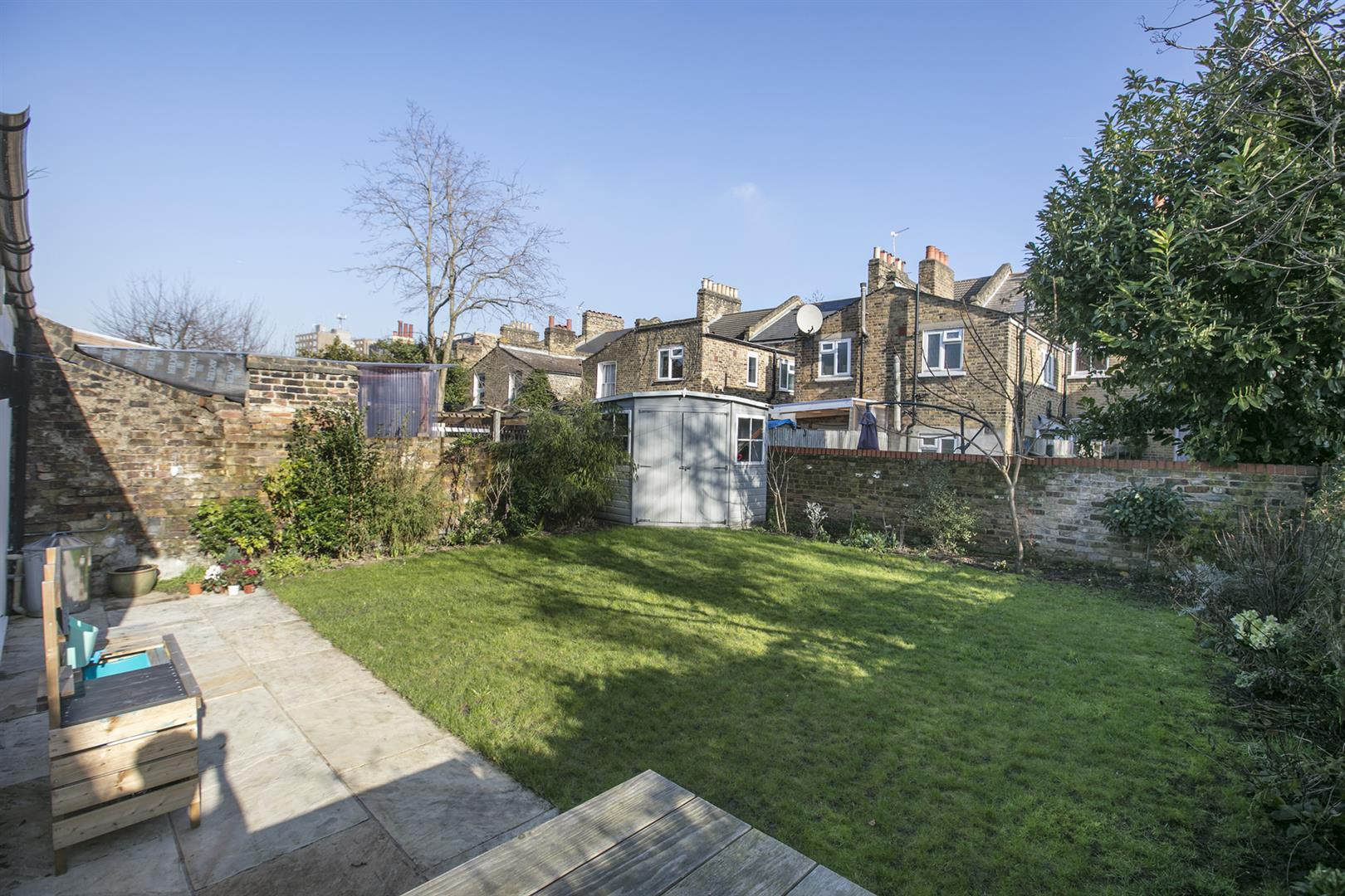 House - Terraced For Sale in Friary Road, Peckham, SE15 602 view5