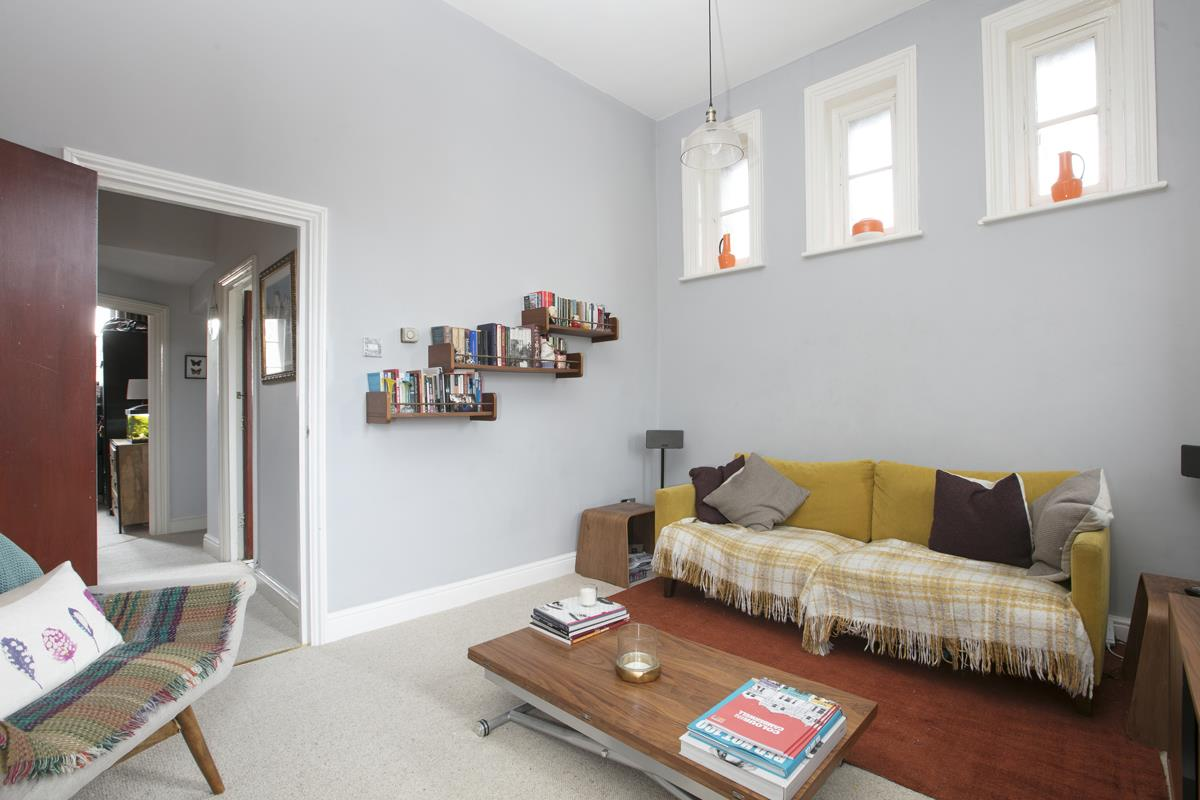 Flat/Apartment For Sale in Gables Close, Camberwell, SE5 512 view6