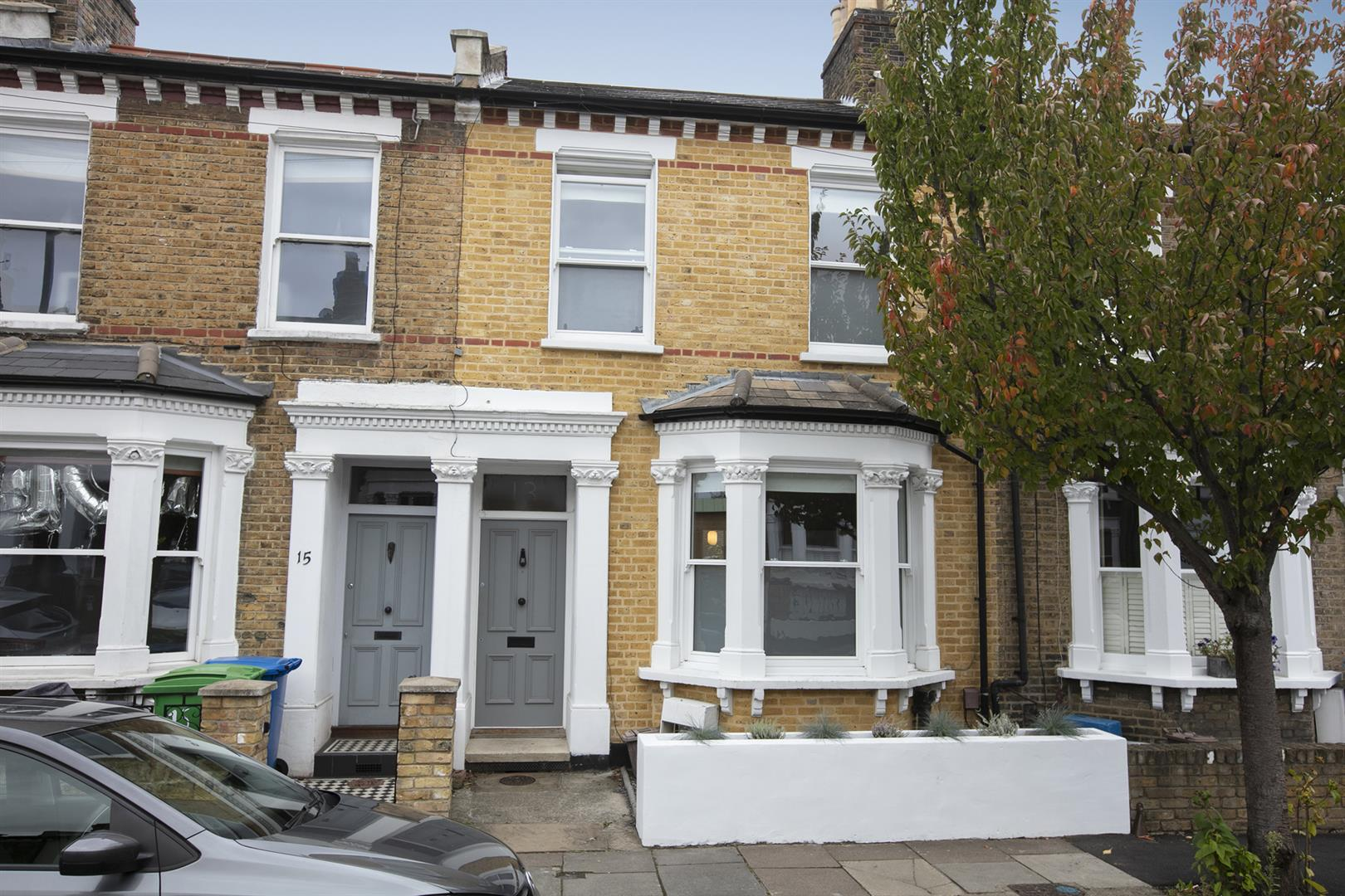 House - Terraced Sold in Gairloch Road, Camberwell, SE5 729 view1
