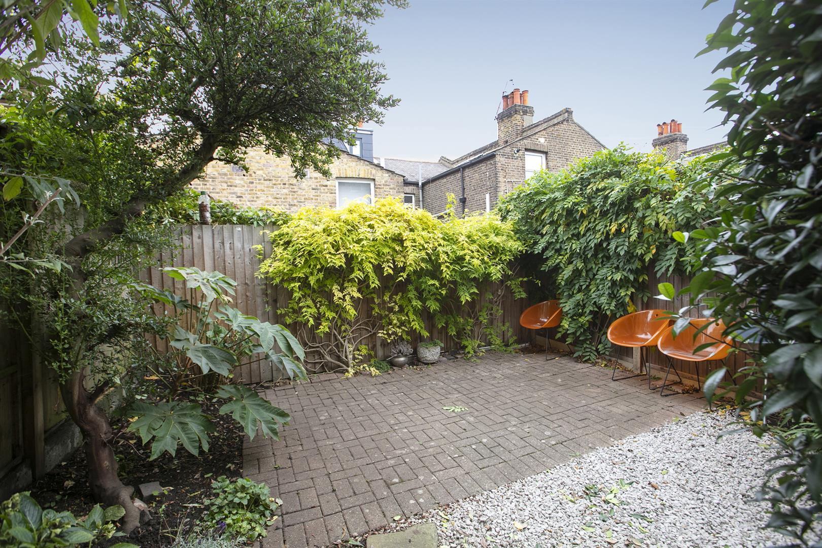 House - Terraced Sold in Gairloch Road, Camberwell, SE5 729 view9