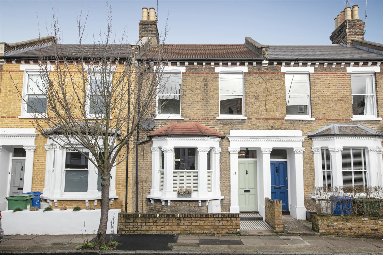 House - Terraced Sale Agreed in Gairloch Road, Camberwell, SE5 774 view1