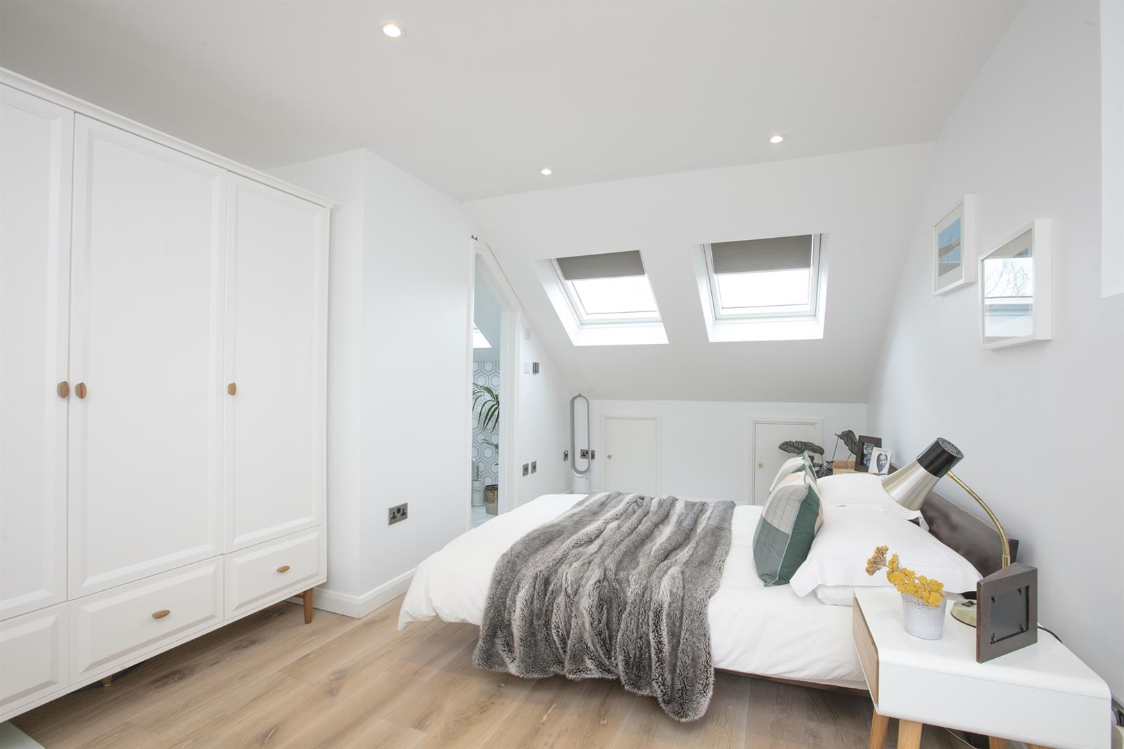 House - Terraced For Sale in Gipsy Road, West Norwood, SE27 597 view14