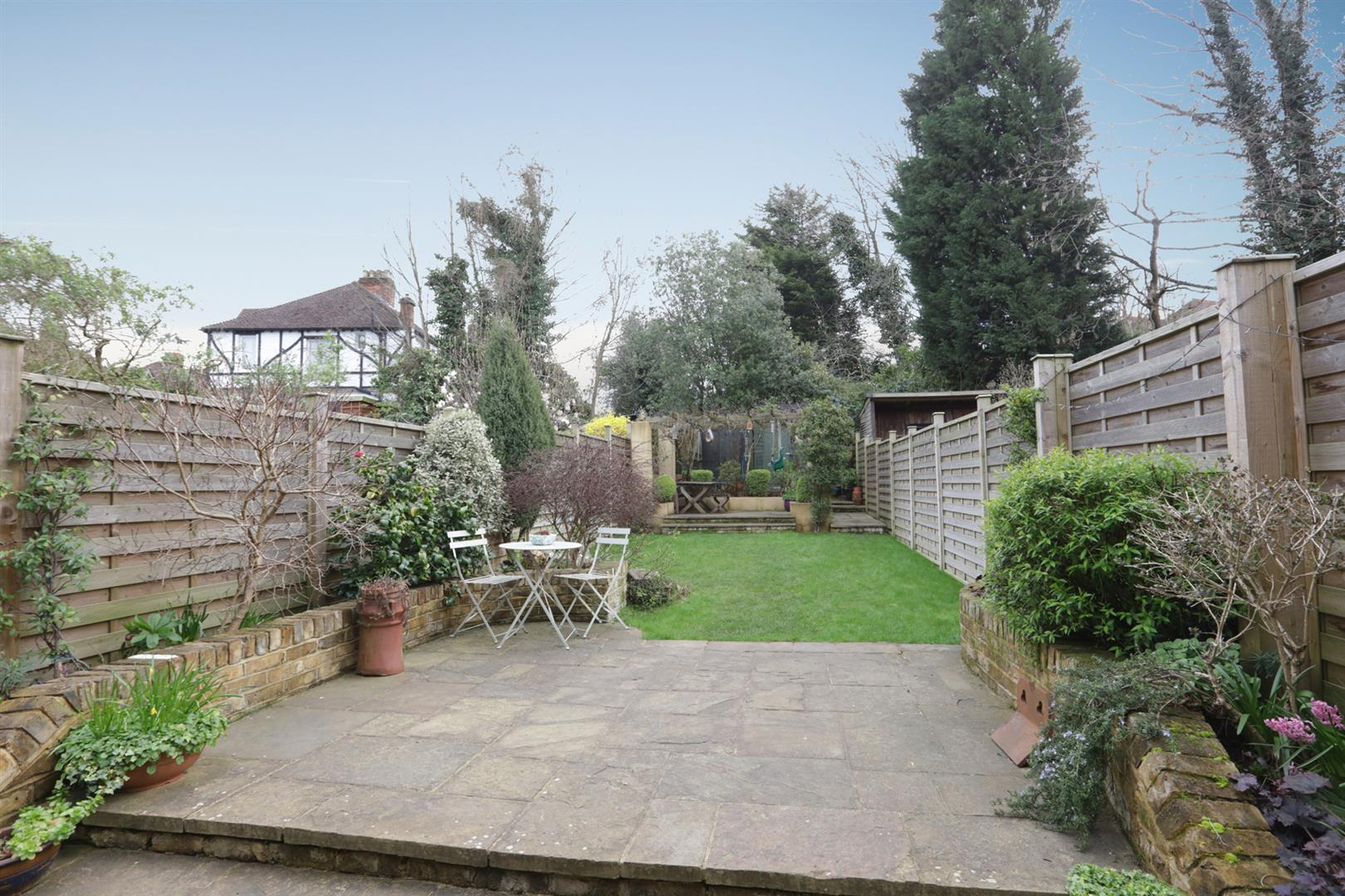 House - Terraced For Sale in Gipsy Road, West Norwood, SE27 597 view33