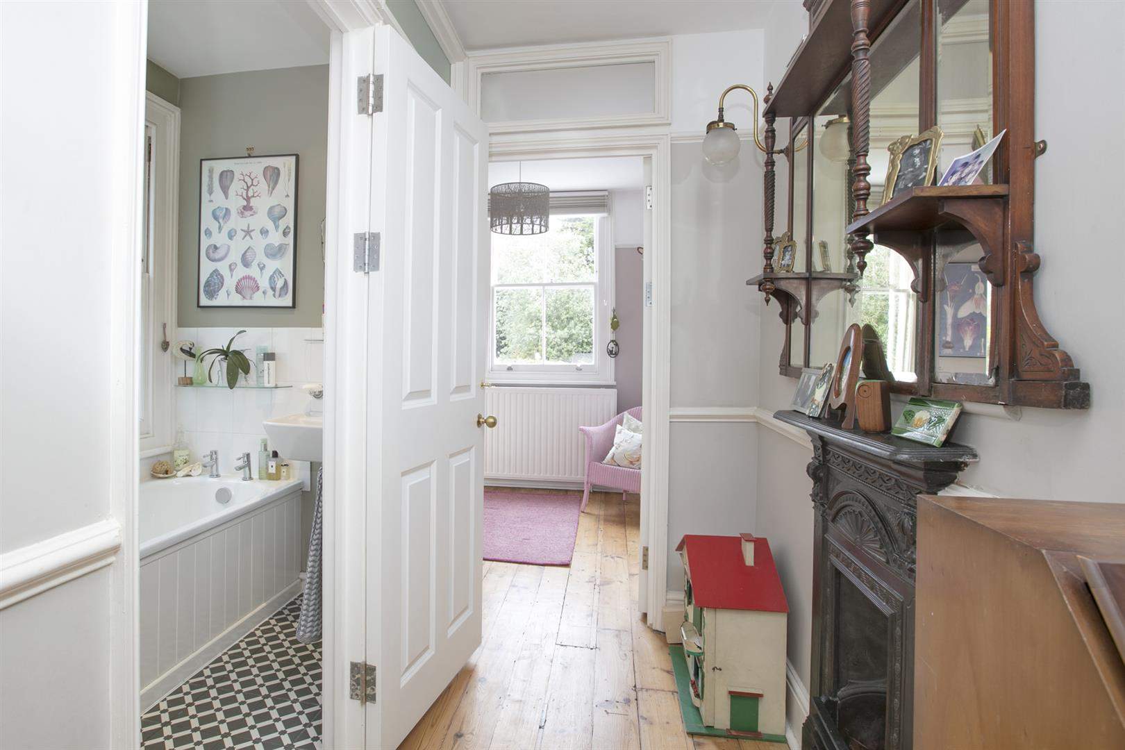 House - Terraced For Sale in Gipsy Road, West Norwood, SE27 597 view25