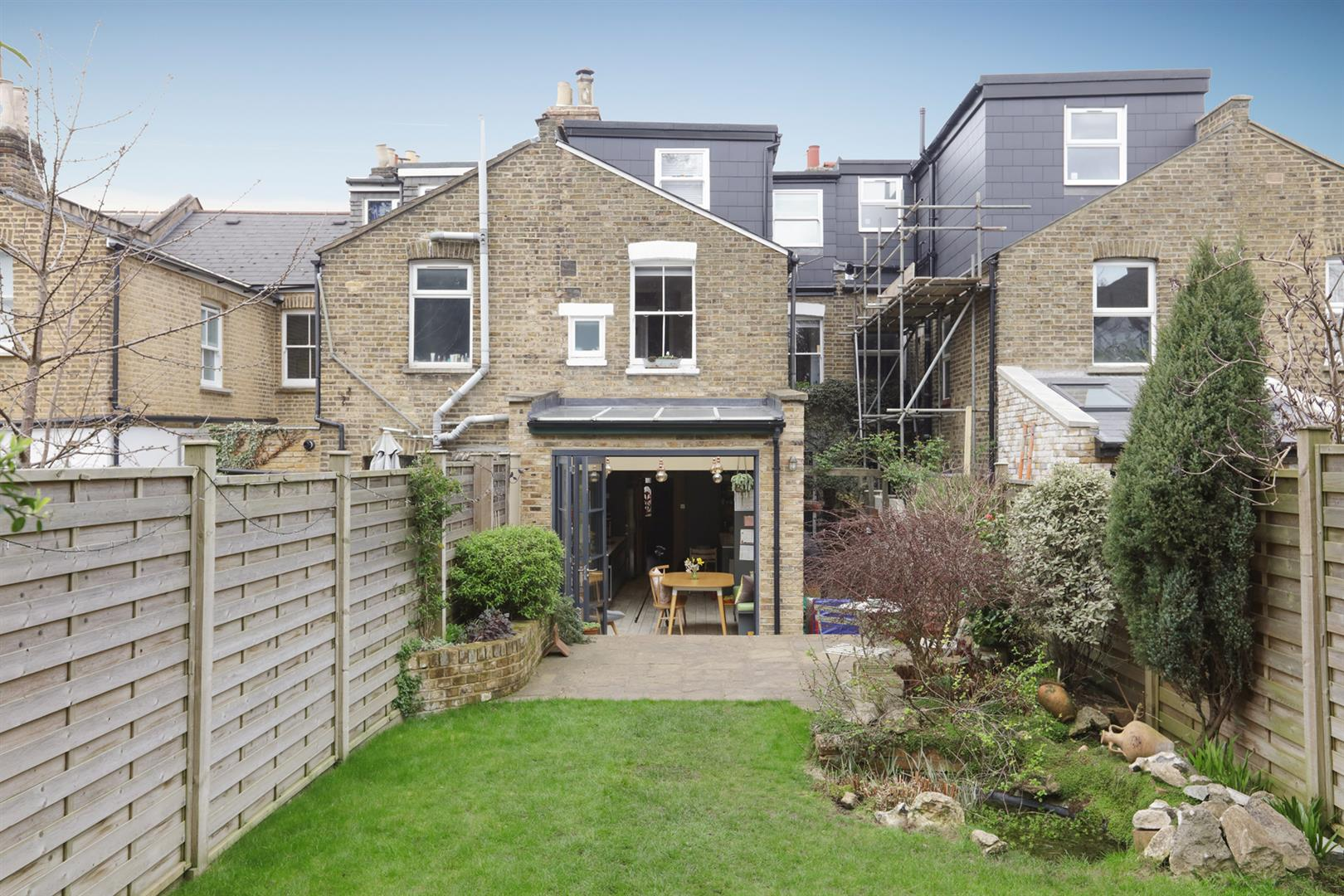 House - Terraced For Sale in Gipsy Road, West Norwood, SE27 597 view6
