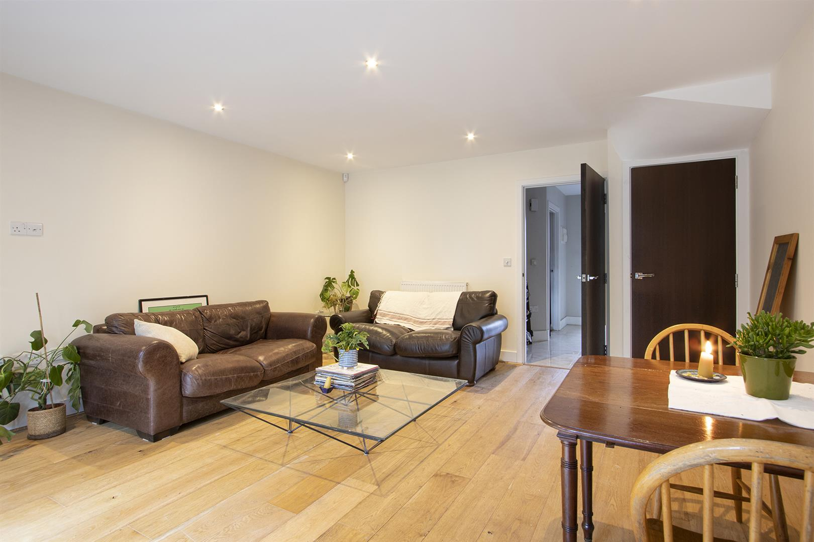 House - Terraced Sale Agreed in Glenton Mews, Nunhead, SE15 762 view10