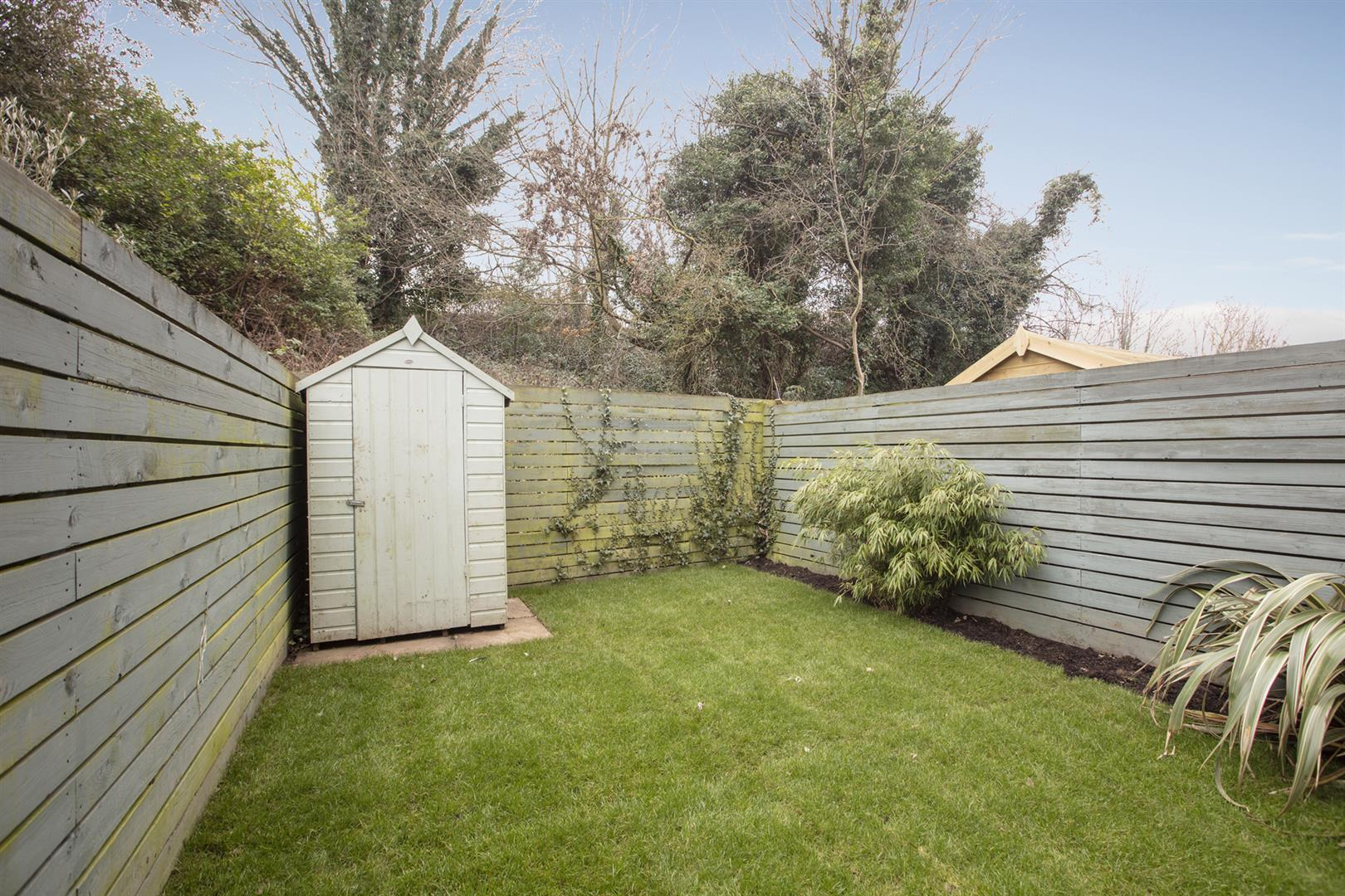 House - Terraced Sale Agreed in Glenton Mews, Nunhead, SE15 762 view6