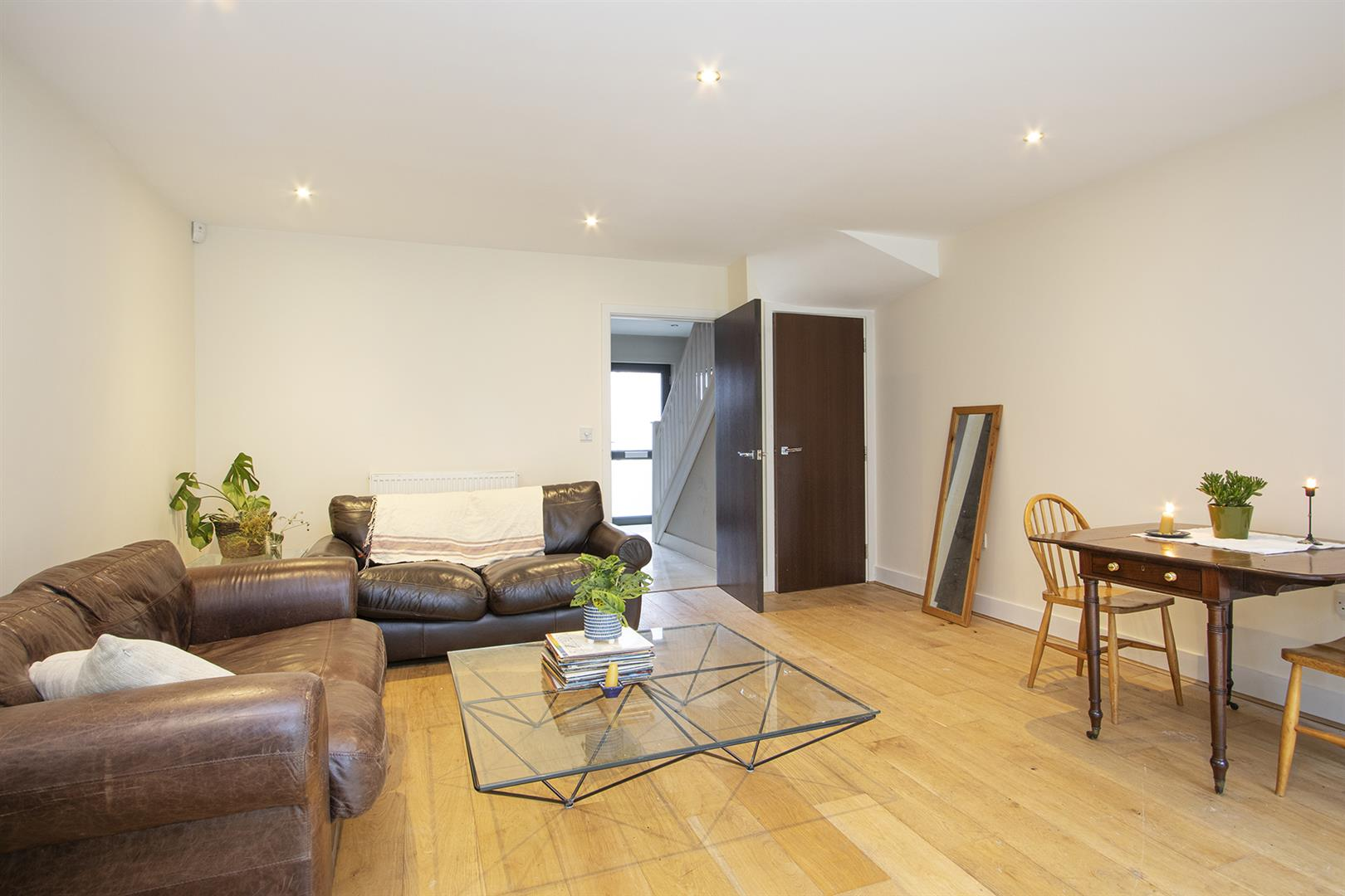 House - Terraced Sale Agreed in Glenton Mews, Nunhead, SE15 762 view7
