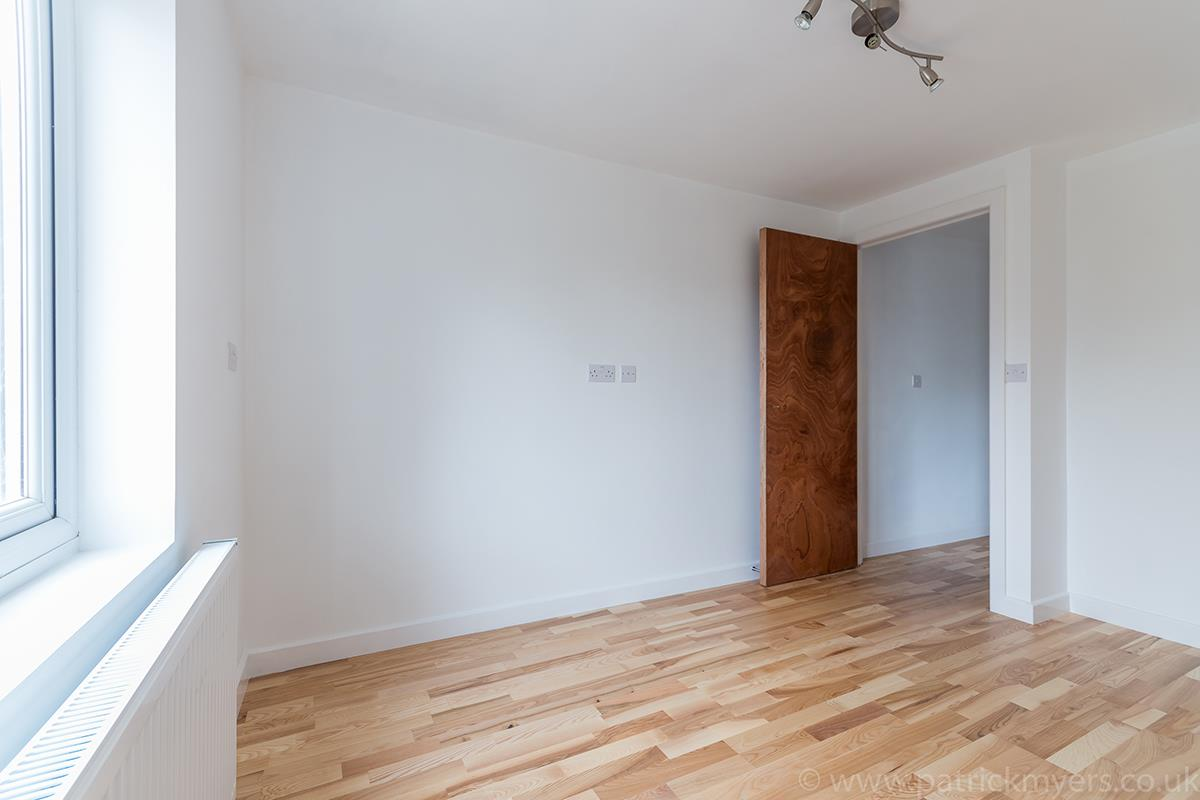 Flat - Conversion Sale Agreed in Gordon Road, Nunhead SE15 16 view10