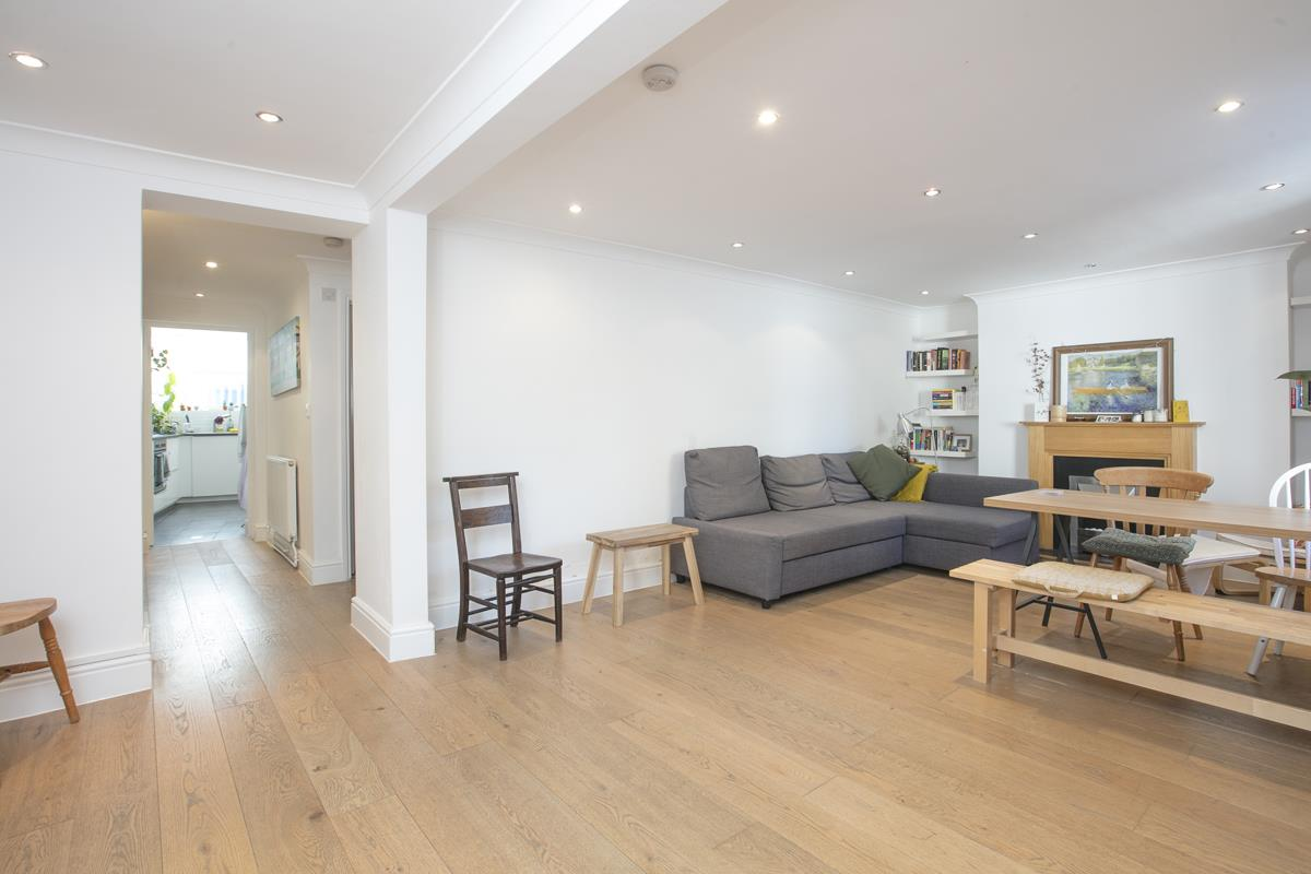 Flat/Apartment Sold in Gordon Road, Nunhead, SE15 501 view7