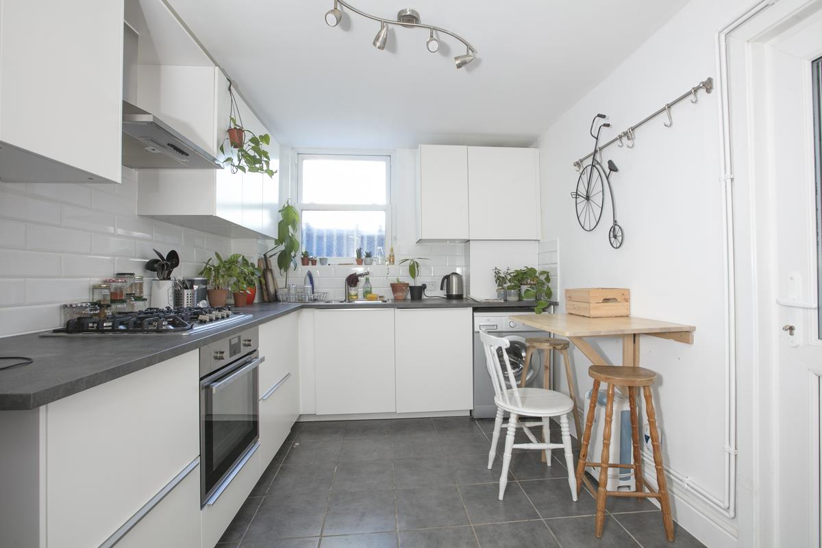 Flat/Apartment Sold in Gordon Road, Nunhead, SE15 501 view6