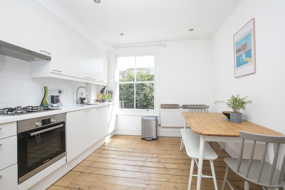Flat - Conversion Sale Agreed in Graces Road, Camberwell, SE5 487 view6
