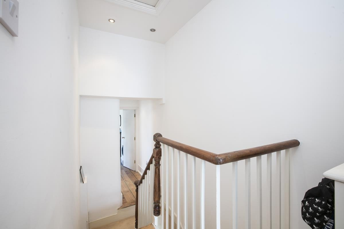 Flat - Conversion Sale Agreed in Graces Road, Camberwell, SE5 487 view11