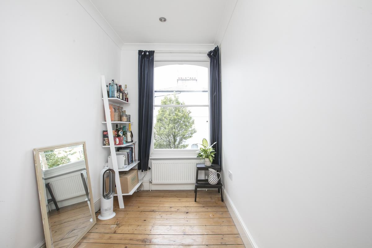 Flat - Conversion Sale Agreed in Graces Road, Camberwell, SE5 487 view9