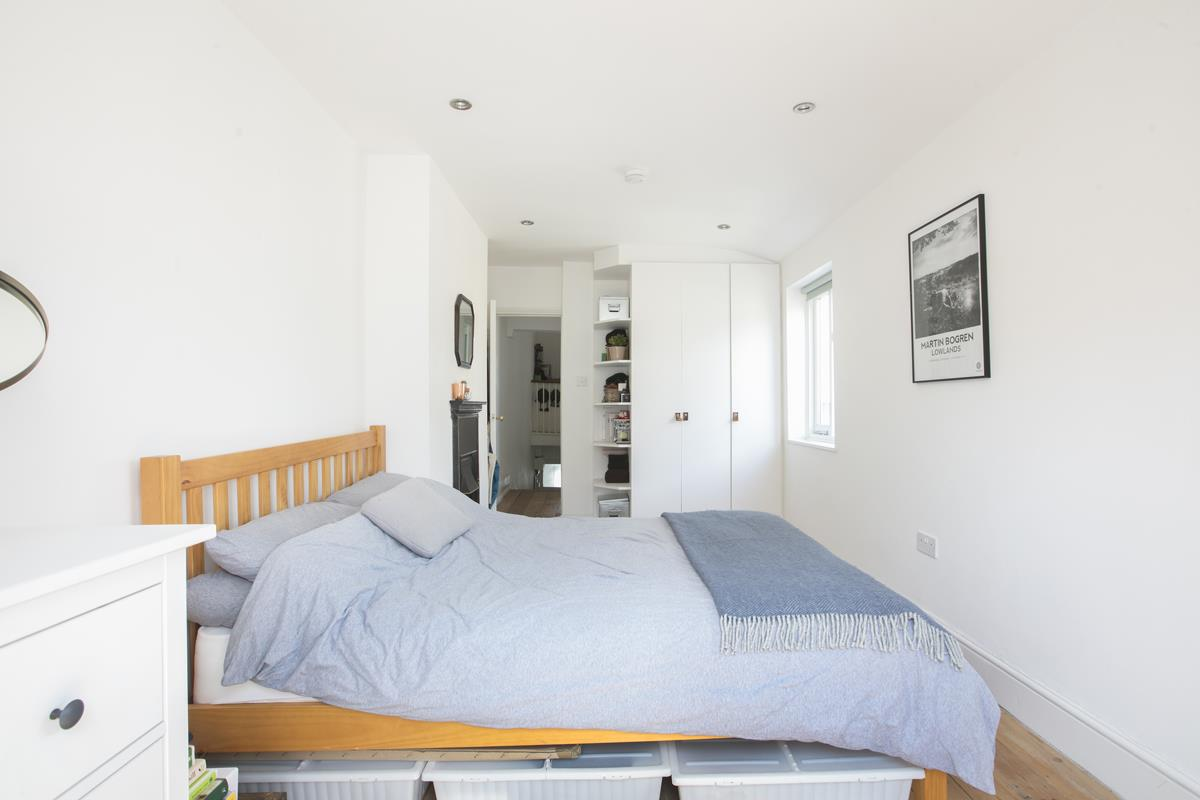Flat - Conversion Sale Agreed in Graces Road, Camberwell, SE5 487 view8